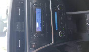 Toyota Auris Business 90D lleno