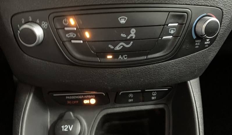 Ford Tourneo Courier Ambiente 1.5 TDCI 75cv lleno