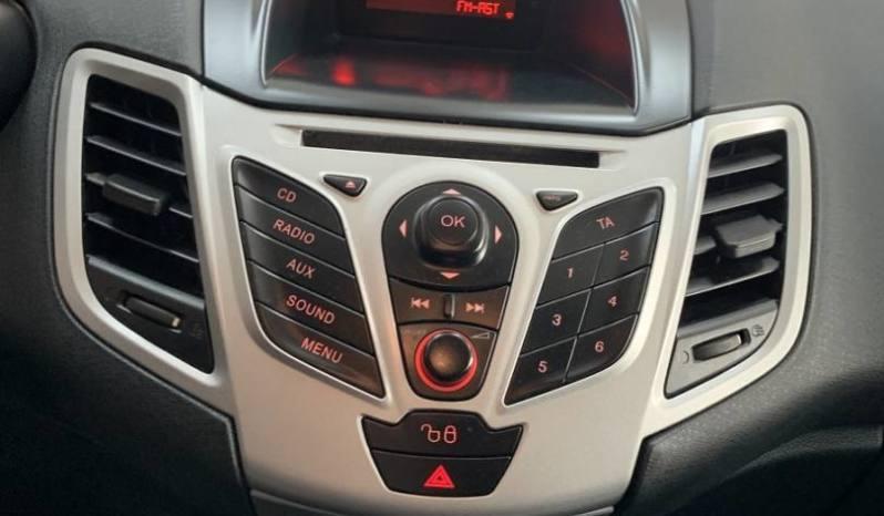 Ford Fiesta gasoline 1.5 TDCi Trend 75 cv lleno