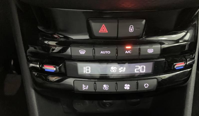Peugeot 2008 1.2 VTI 82cv lleno