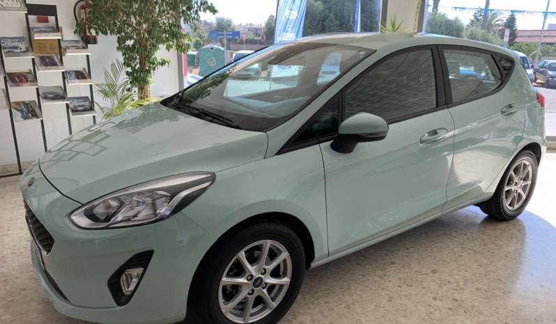 Ford Fiesta 1.1 gasolina 85cv TREND PLUS 2018 lleno
